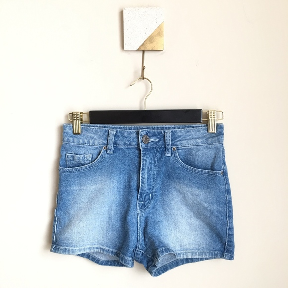 BDG Pants - BDG UO High Rise Erin Highwaist Denim Jean Shorts